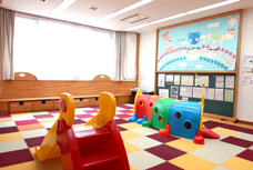 1f_playroom